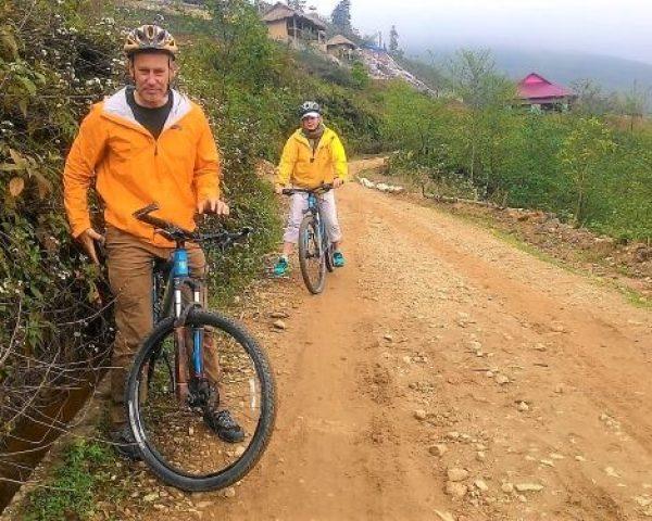 biking Sapa (resize)
